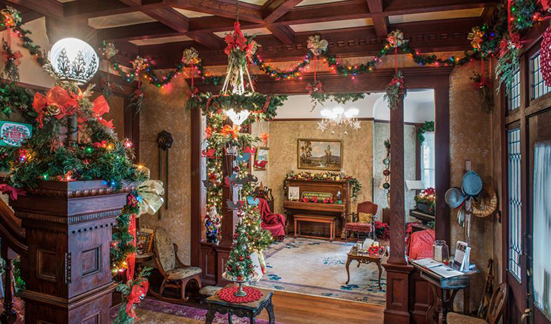 A Victorian Christmas Victorian Architecture That Embodies The Spirit Of The Season